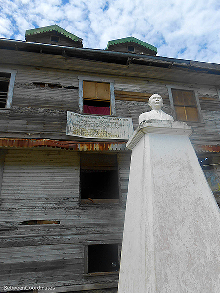 samal-whitehouse